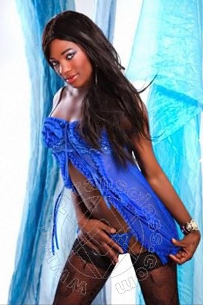 Naomi Ts  STUTTGART 015213298340